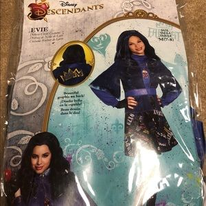 Descendants Evie Costume